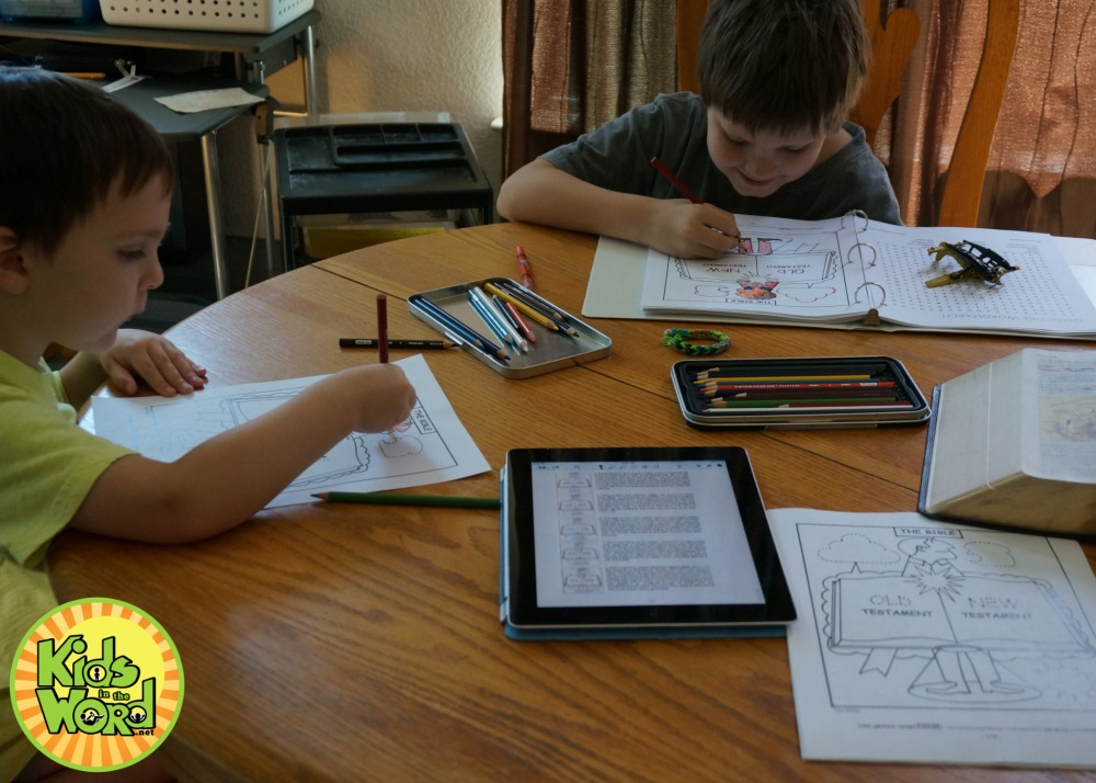 Picture Smart Bible: Tracing, coloring and learning through the Bible.